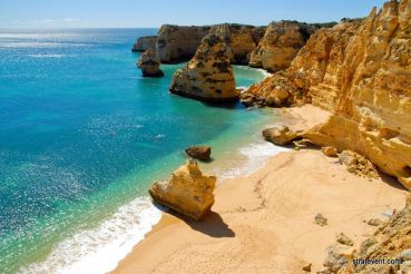 Algarve : team-building à la plage